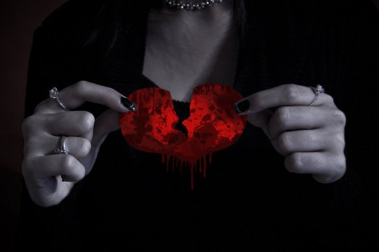 i_am_tony__s_broken_heart_by_tonysak